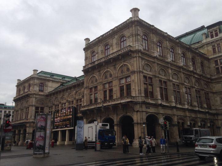0504 Oper